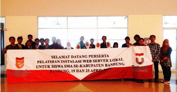Pelatihan Pembuatan Website dan Server Lokal  Untuk  SMA SeKabupaten Bandung